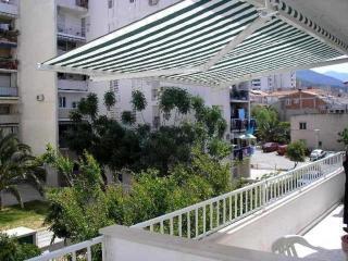 Apartment house OLGA(1999-5191) - Makarska vacation rentals