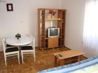 BUHAC(202-476) - Porec vacation rentals