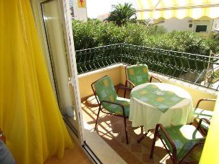 Cozy 2 bedroom House in Bratus - Bratus vacation rentals