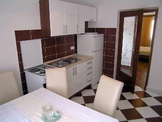 Apartmani Pavicic(277-3725) - Pag vacation rentals