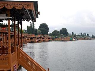 Houseboat Golden Lily - Srinagar vacation rentals