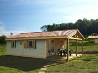 2 bedroom Chalet with Deck in Campagnac-les-Quercy - Campagnac-les-Quercy vacation rentals