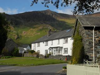 How Cottage - short breaks on request - Borrowdale vacation rentals