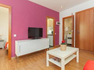 Apartment Perfect for couples! Sagrada Familia - Barcelona vacation rentals