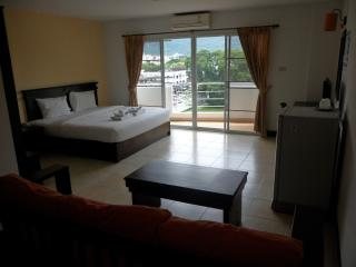 Deluxe Apartment with Great View, Nimman 7th floor - Chiang Mai vacation rentals