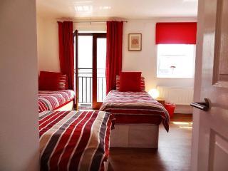 Kemptown Contemporary - Brighton vacation rentals