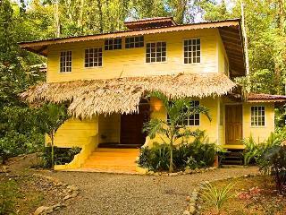 Casa Amarrila - Manzanillo vacation rentals