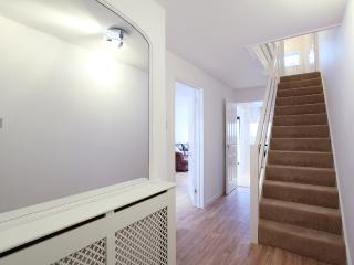 House with one double bedroom available. Garden to sit out in and use of all facilities. - Surrey vacation rentals