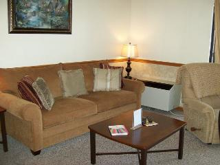 One Bedroom Condo in Downtown Gatlinburg (Unit 503) - Gatlinburg vacation rentals
