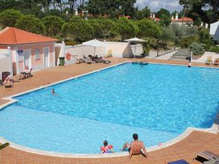 Luxury 3 bedroom townhouse - Caldas da Rainha vacation rentals
