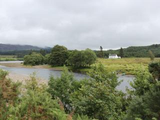 Ivy Cottage, Kilmonivaig farm - Torlundy vacation rentals