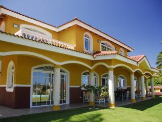 Villa Las Hortensias - Gaspar Hernandez vacation rentals