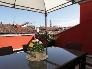 Penthouse with large roof terrace in Venice center - Venice vacation rentals
