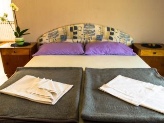 Relaxing studio apartment with balcony and view - Malinska vacation rentals