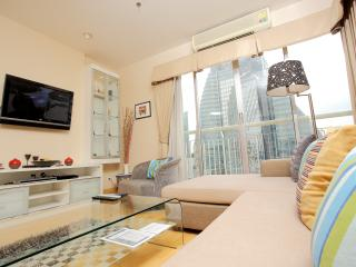 3 Bedroom Apt. Sukhumvit Soi18 - Bangkok vacation rentals