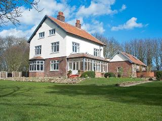 Bourne End House, Primrose Valley, Filey. - Atwick vacation rentals