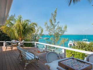 2 bedroom Cottage with Private Outdoor Pool in Harbour Island - Harbour Island vacation rentals