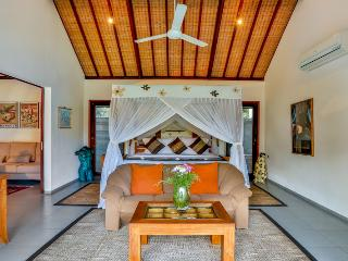 Great Value, 5 Bedroom Private Pool Villa Kaba Kaba Resort Bali - Tabanan vacation rentals