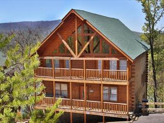 Mtn Get-A-Way, Sleeps 28, 6 Suites, Game Room, Wet Bar, Five Decks, Juke Box - Sevierville vacation rentals