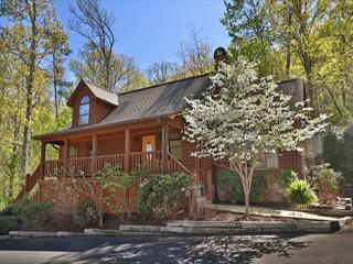 A peaceful, serene 2BR with country charm that welcomes all to stay a spell - Wears Valley vacation rentals