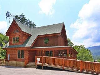 4BR Cabin, Newly Furnished, Floor to Ceiling Fireplace, Canopy Bed in Master, - Sevierville vacation rentals
