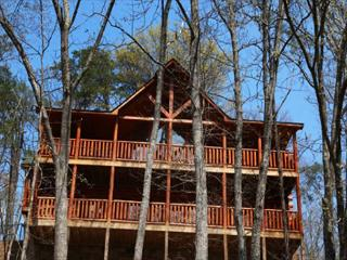 Poolside Paradise a three bedroom cabin - Pigeon Forge vacation rentals