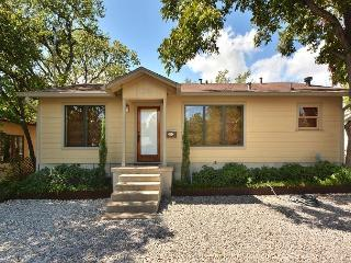 3BR Distinct South Austin House, Between Congress and South Lamar. Sleeps 7 - Austin vacation rentals