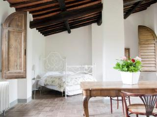 Nice House with Microwave and Parking - Prato vacation rentals