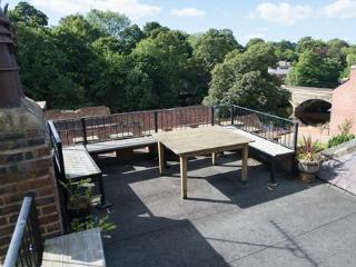 Charming 4 bedroom Knaresborough House with Internet Access - Knaresborough vacation rentals