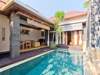 2 BR. Villa Taman Sari. 5 min drive to Seminyak - Kuta vacation rentals