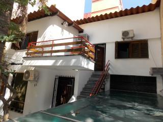 Aluguel apto. mobiliado  CENTRO P.Alegre Centro - - Porto Alegre vacation rentals