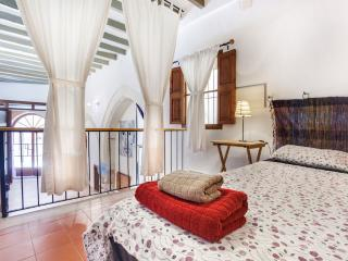 Santa Clara old town split level 4ppl - Palma de Mallorca vacation rentals