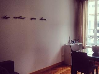 Appartement 43 m² jusqu'à 4 personnes 15 min Paris - Saint-Germain-en-Laye vacation rentals