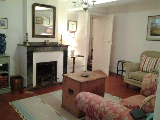 Viviane Suite. Charming, Spacious, close to Cafes - Limoux vacation rentals