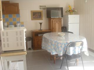 Appartement (T3) ROYAN - Centre Ville - Royan vacation rentals