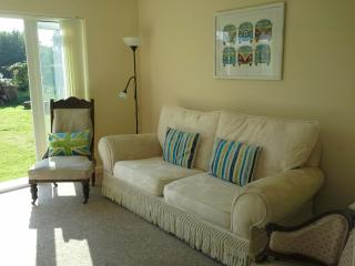 Granada Cottage - family friendly - self catering - Saint Peter Port vacation rentals