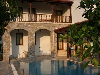 Comfortable 4 bedroom Villa in Gokova with Internet Access - Gokova vacation rentals