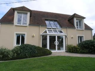 4 bedroom House with Internet Access in Bayeux - Bayeux vacation rentals