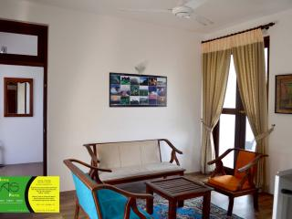 Perfect Condo with Internet Access and A/C - Colombo vacation rentals