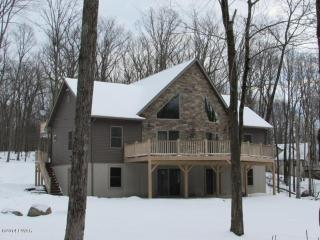 Pocono House in Safe Gated Community - Dingmans Ferry vacation rentals