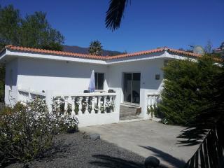 Los Guanches bungalows - El Paso vacation rentals