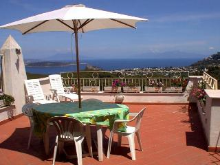 Cozy 3 bedroom Condo in Barano d'Ischia - Barano d'Ischia vacation rentals