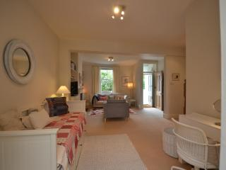 House sleeps 5 Brook Green/West Kensington - London vacation rentals