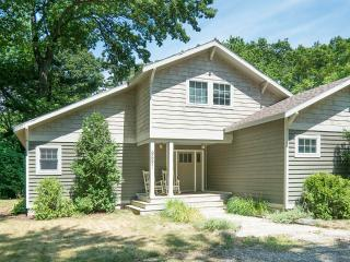 Tranquil Harbor Country 3br / 2 ba w/ Pool - Union Pier vacation rentals