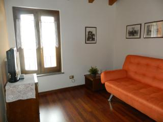 2 bedroom Bed and Breakfast with Internet Access in San Colombano al Lambro - San Colombano al Lambro vacation rentals