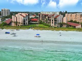 Beachfront Condo Complex - Two BR - Heated Pool - Luxury - Siesta Key - Siesta Key vacation rentals