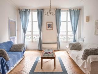 Elysee Palace Duras Apartment - Paris vacation rentals