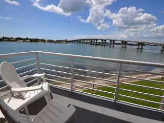 Bahia Vista 9-317 Fabulous Third Floor Updated Corner Condo with Sunset Views - Saint Petersburg vacation rentals