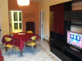 Cozy 2 bedroom Alba Adriatica Condo with Deck - Alba Adriatica vacation rentals
