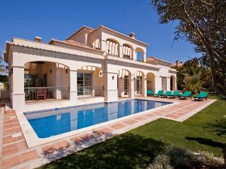 Casa Das Colunas - Vale do Lobo vacation rentals